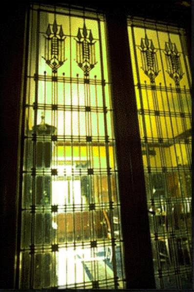 Frank Lloyd Wright S Stained Glass Art Glass And Light